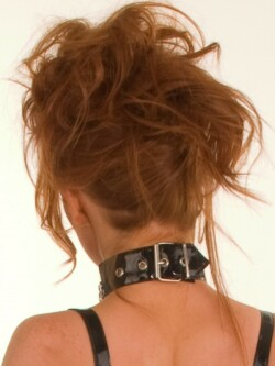 Lak collar met kettingen H1163 2