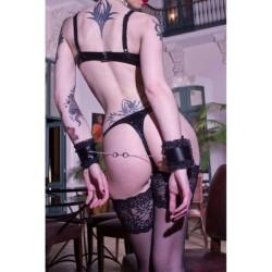 Gwendoline Lak String B00906 2