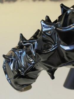 Lak Handschoenen Spikes in rood of zwart PVI300T 4