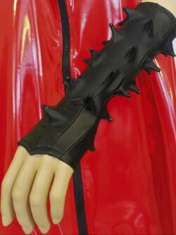 Spikes Handschoenen in zwart rubberlook PRU300T 1